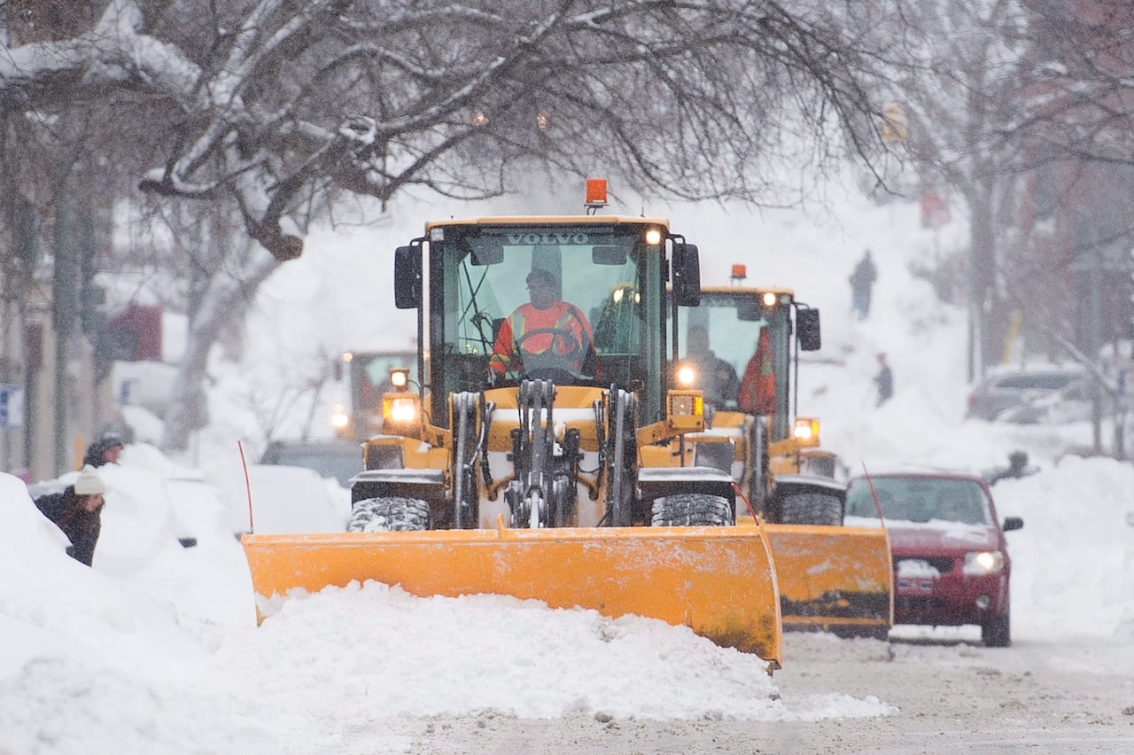 hight resolution of big dig begins after quebec slammed with record setting blizzard