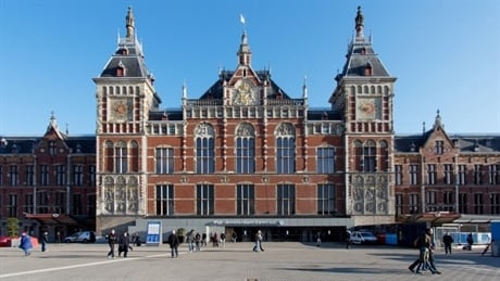 CENTRAAL-STATION-AMSTERDAM