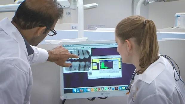 Dental Clinic3