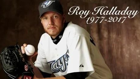 Former Blue Jay Roy Halladay killed in plane crash