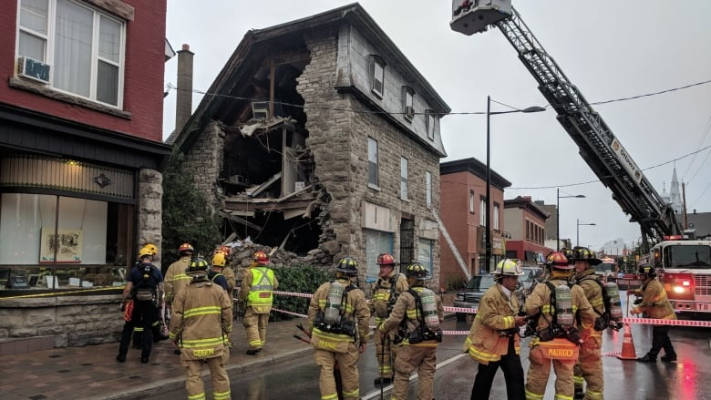 Building Partially Collapses In Hintonburg Cbc News