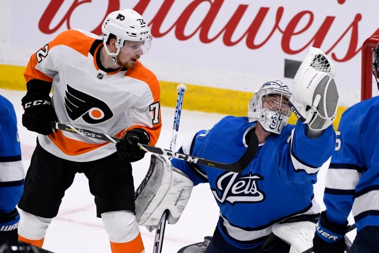 jets flyers 121519 - Blake Wheeler, Jets soar past Flyers with offensive explosion
