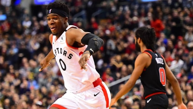 Raptors rookie Terence Davis charged after alleged assault on girlfriend | CBC News