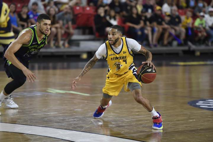 Xavier Moon sets record for most points in CEBL game with 38 in Edmonton's  win over Niagara   CBC Sports