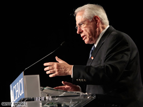 Former Democratic presidential candidate Mike Gravel is switching parties.