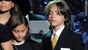 Paris Katherine Jackson and Prince Michael Jackson will pay tribute to their late father's at Sunday's Grammys.