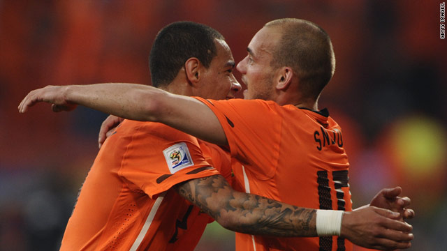 Wesley Sneijder (right) celebrates his winning goal for the Dutch in Port Elizabeth.