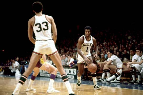 Oscar Robertson Milwaukee Bucks