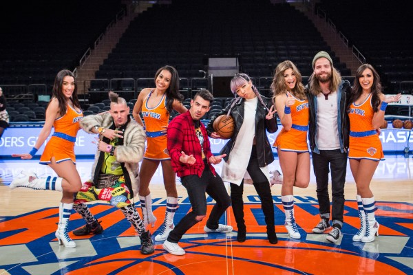 Behind the scenes with DNCE and the Knicks City Dancers at
