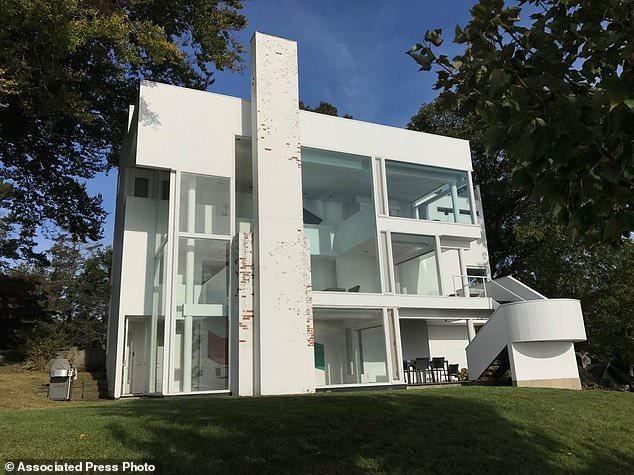 Landmark Modernist Home On Long Island Sound For Sale