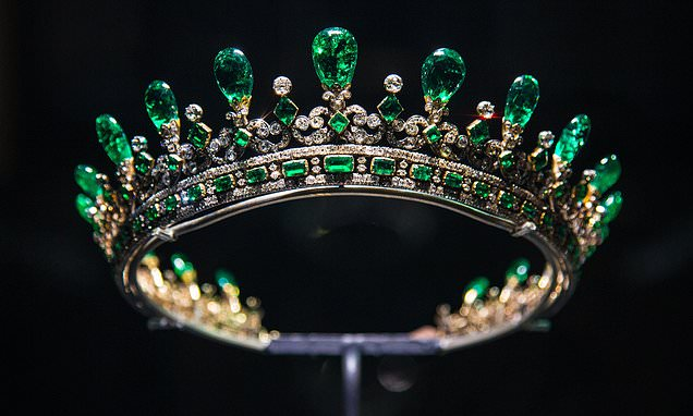 Queen Victorias diamond and emerald tiara among royal  Daily Mail Online