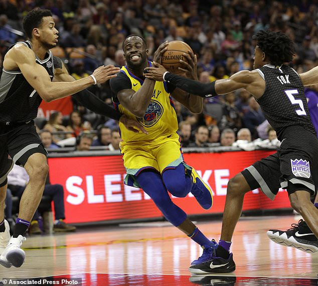 Warriors McCaw Injured In Scary Fall As Team Beats Kings