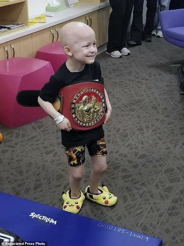 wire 3641872 1531519153 356 634x845 - Obit, memorial service of 5-year-old Iowa boy gets...