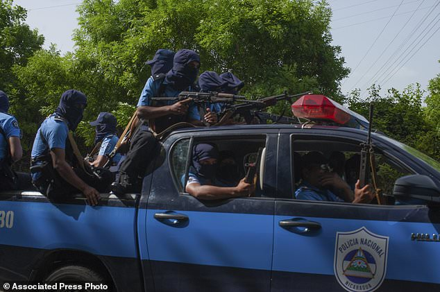 wire 3644556 1531541379 115 634x421 - Violence continues in Nicaragua as OAS leaders seek...