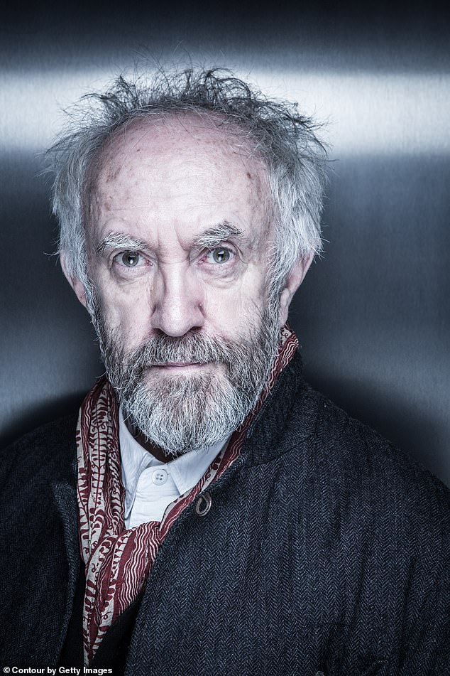 Jonathan Pryce Films Et Programmes Tv : jonathan, pryce, films, programmes, Jonathan, Pryce, Marriage,, Getting, Teary-eyed, Remembering, Father, Daily, Online