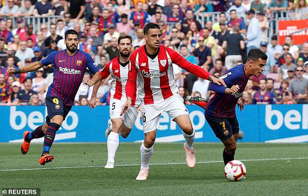 Barcelona had an early penalty shout waved away after some great play by Philippe Coutinho
