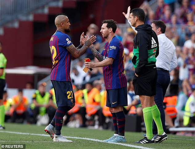 Lionel Messi made his way onto the pitch at the expense of Arturo Vidal in the 54th minute