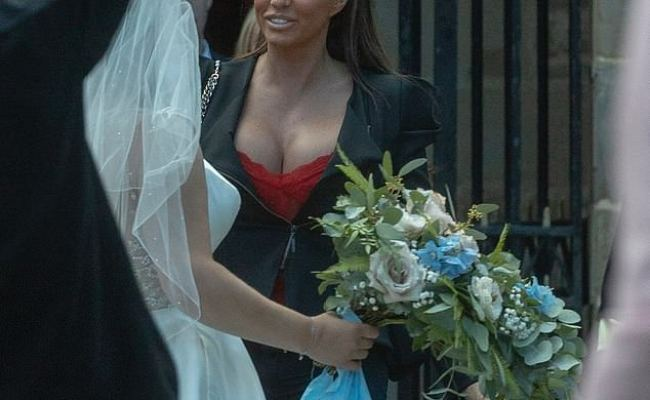 Katie Price Pictured Leaving Rehab To Attend Her Friend S
