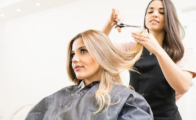 Top Hairdressers Reveal What They Think About Their Chatty