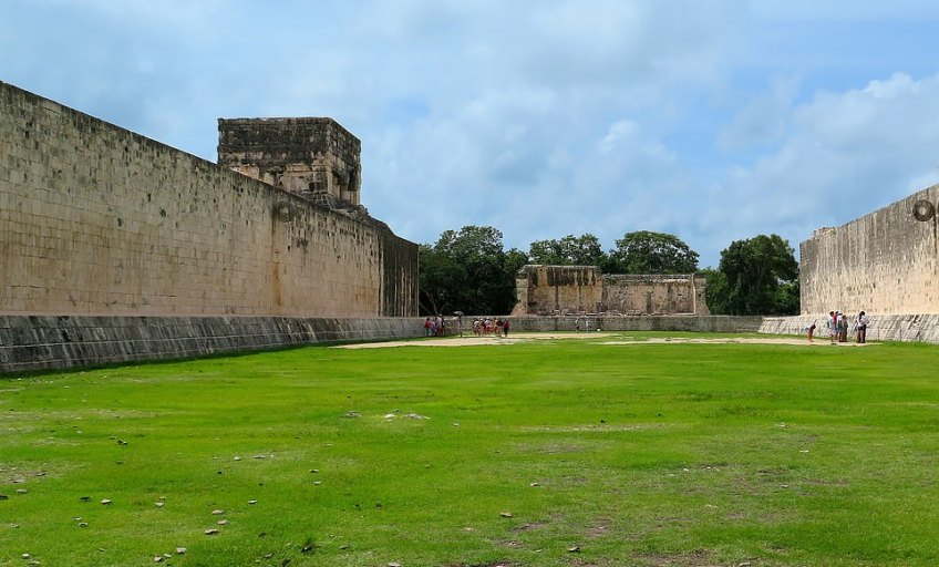 The exclusive early morning tour means groups can admire the ruins when the temperatures are more comfortable and look at ancient sites not usually open to tourists