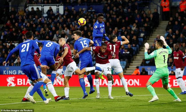 Leicester, as the home team, looked to put pressure on the visitors early on as they looked threatening from set-pieces
