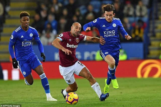 The extra man unsurprisingly favoured Leicester and Pablo Zabaleta tried to use all his experience to guide West Ham home