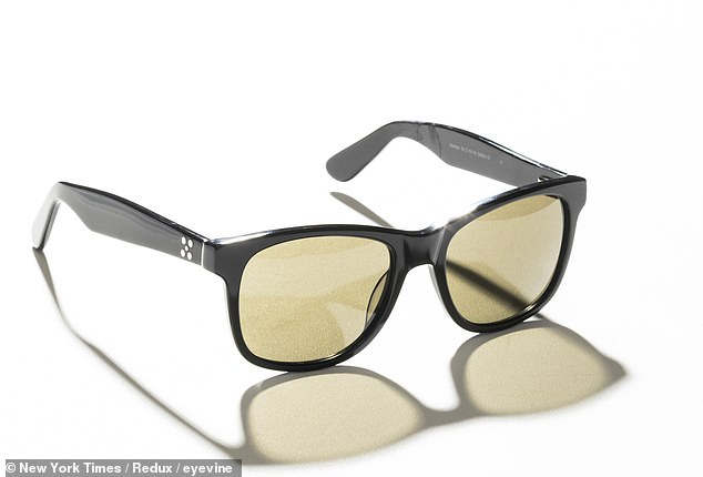 The EnChroma goggles, which cost around £ 260 ($ 350), use a filter to give the wearer a clearer distinction between colors