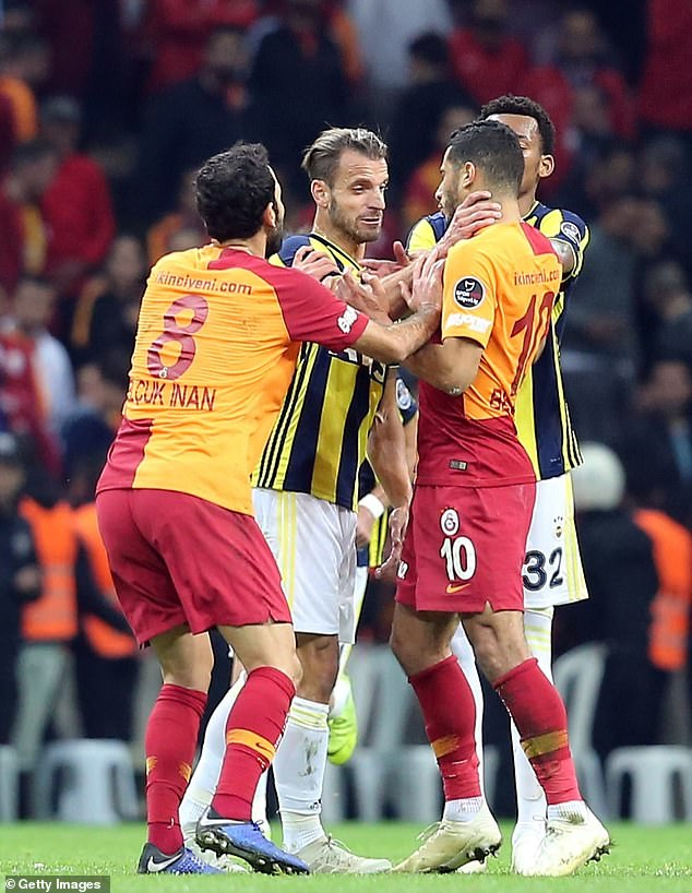 Ex-Tottenham striker Roberto Soldado could be seen grassing the neck of Younes Belhanda