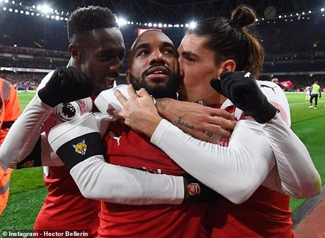 Hector Bellerin puts Alexandre Lacazette on the table after his equalizer on Saturday