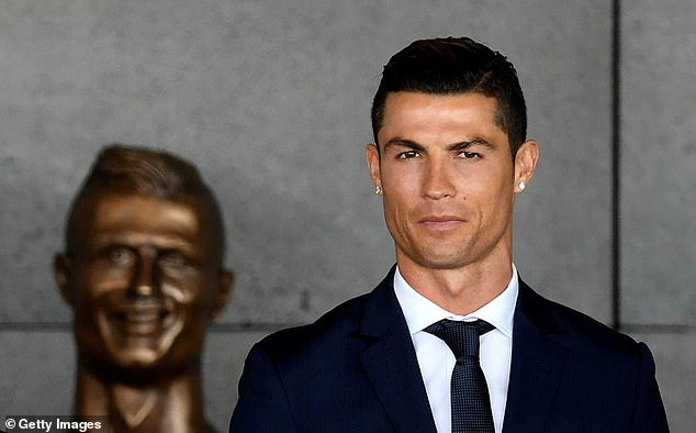 The then Real Madrid star made the bust on Madeira Airport before it was replaced