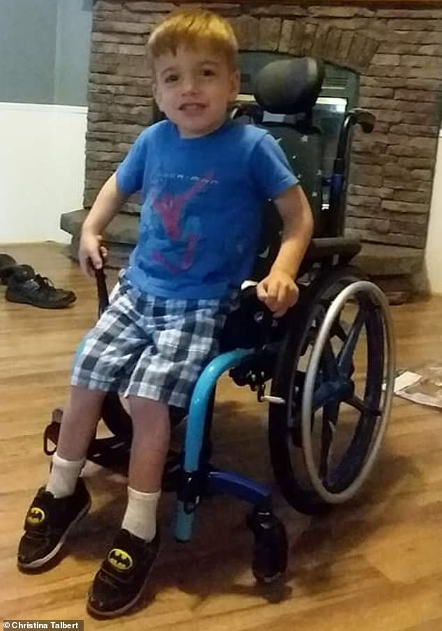 Christina and Jeremy have recently bought a wheelchair for Parker, who refuses to use it. When he and Lucas are ten years old and his twin understands what's going on with his brother, Parker will probably have no choice but to use the wheelchair
