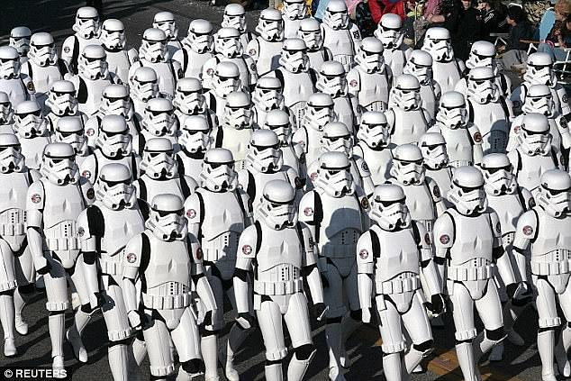 Mayn has pointed out that the suits are remarkably similar to the stoom troopers from the Star Wars movies