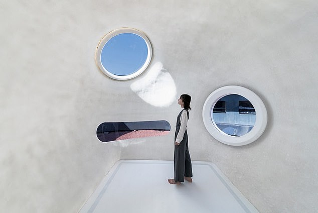 """A """"living bubble"""" attached to the base can be inflated, folded and folded, """"like packing and unpacking a suitcase"""". There are even windows that pop out during inflation"""