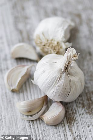 Garlic is a natural antimicrobial compound (antibacterial and antifungal) and anti-inflammatory