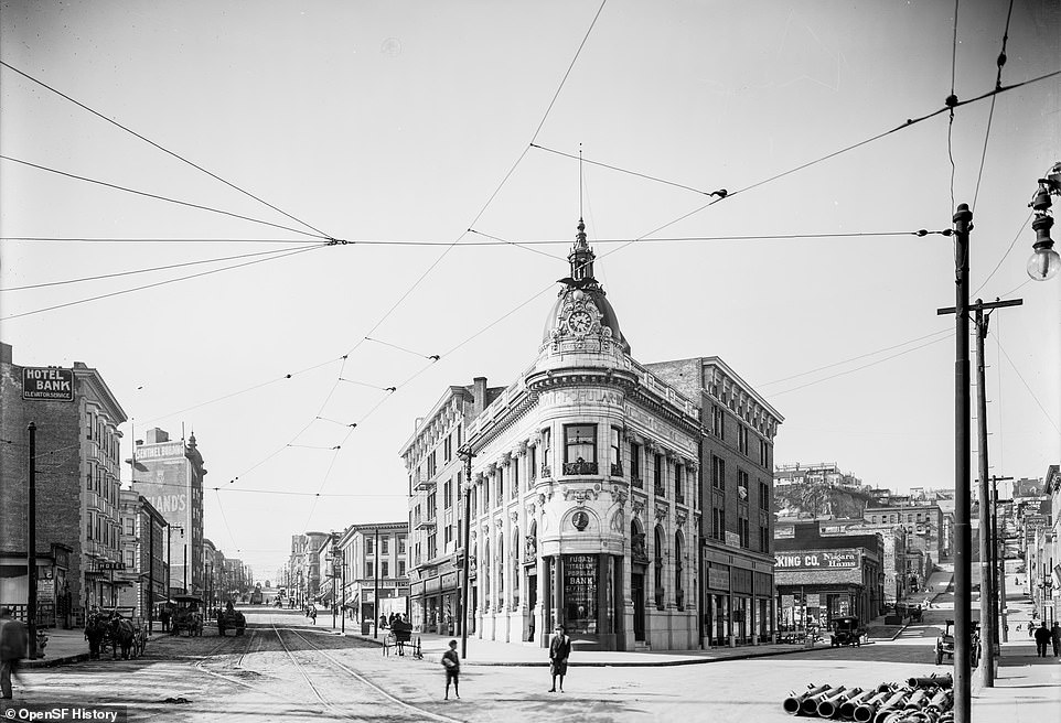 The Transamerica Building seen in 1911 in the city's Jackson Square Historic District. It is adjacent to what is now the Transamerica Pyramid, opened in 1972