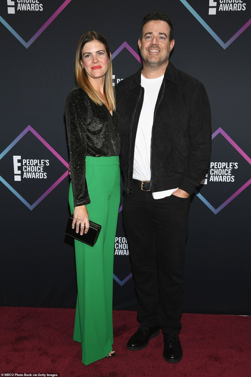 Date night: Carson Daly and wife Siri Pinter beamed on the carpet as they arrived