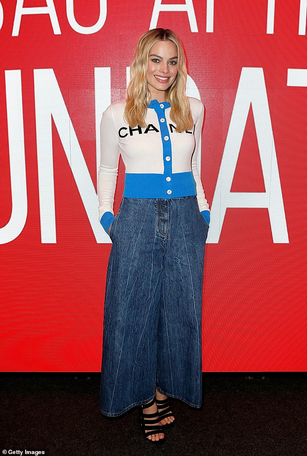 Style savvy: TheAustralian actress showed off her sartorial flair in a cropped cardigan by Chanel, and flared denim trousers