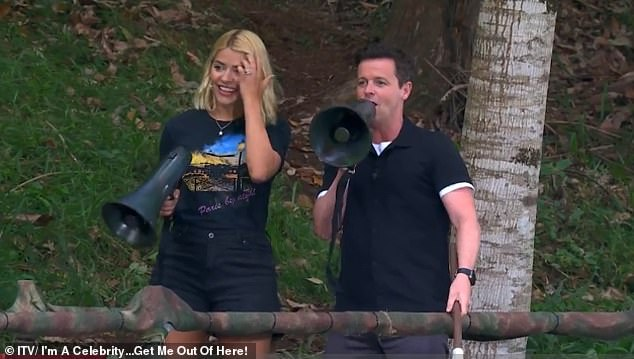 "Oh dear: Declan Donnelly tries to get him back to the task at hand, and calls from the sidelines: ""You can not Harry, you can not,"" and Holly Willoughby adds: ""No, Harry & # 39;"