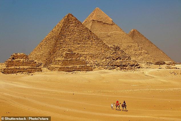 Ägypten, ein überwiegend muslimisches Land, betrachtet die Pyramiden von Gizeh als eines der wichtigsten Denkmäler. Datei Foto