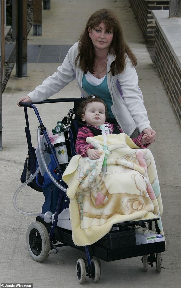 Cerys starb im Oktober 2015 im Kinderkrankenhaus von Birmingham nach einem Virus