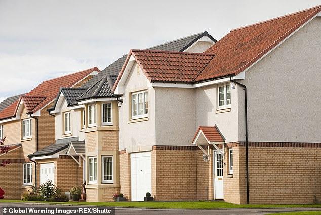 Der Durchschnittspreis eines Hauses ist um fast £ 10.000 günstiger als noch vor zwei Monaten (Bild).