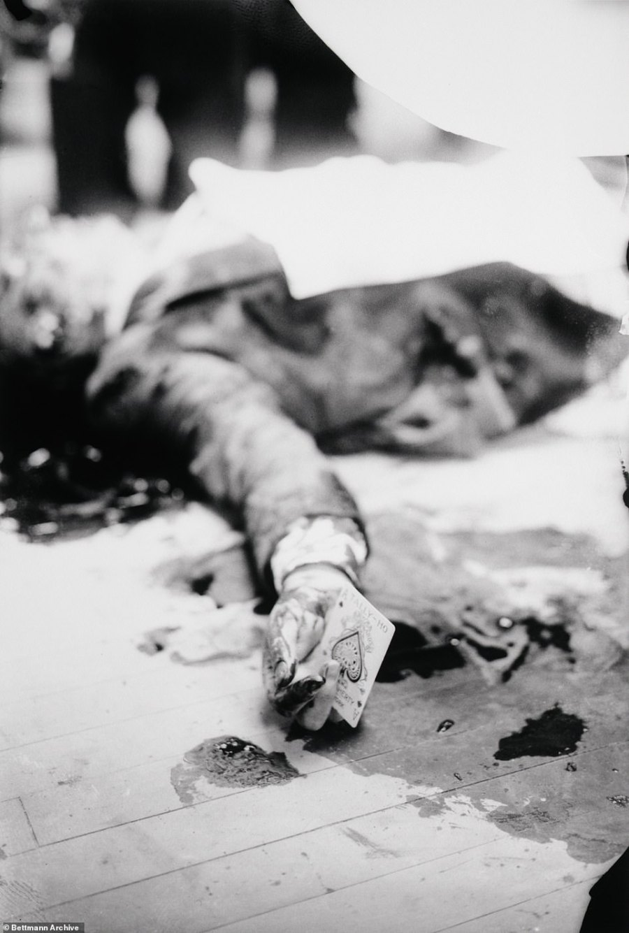This photo shows the body of underworld kingpin Joe