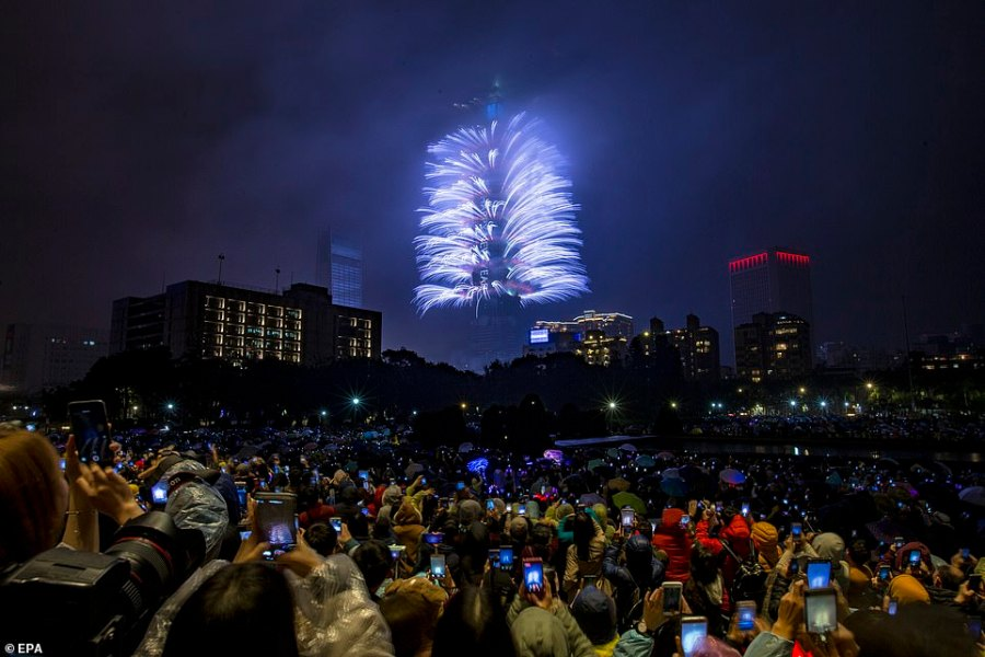 Hundreds of spectators were seen getting out their mobile phones to take a picture of the colourful fireworks display in Taiwan