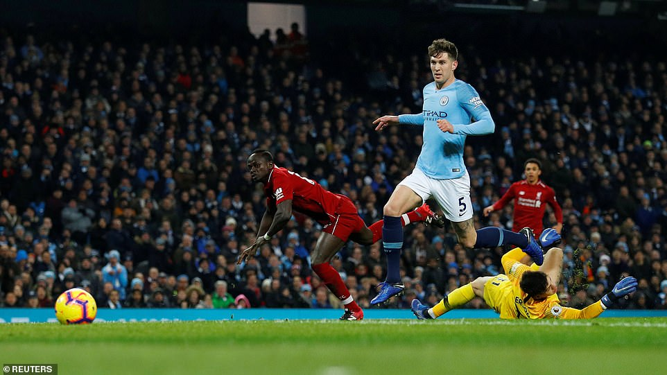 Sadio Mane came the closest in the first half out of both sides to break the deadlock when ran clean through on goal