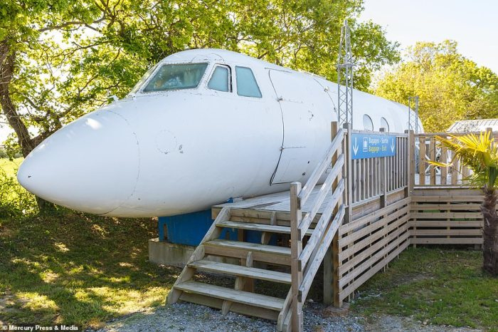 The former aircraft, which is located in Le Haut Village in western France, whichhas been converted into an £80-per-night hotel room