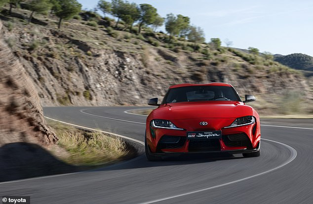 The 3.0-liter in-line 6-cylinder turbo engine has a power of 335 horsepower, can hit 52 miles per hour in just over four seconds and has a top speed of 155 mph per hour
