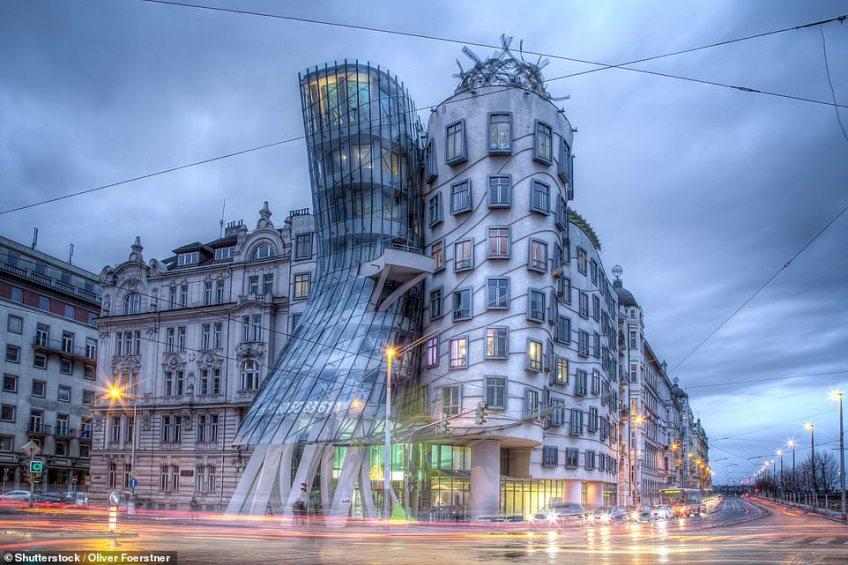 The Dancing House in the Czech capital Prague is often referred to as Fred and Ginger after the famous dancers Fred Astaire and Ginger Rogers. It was designed by Frank Gehry, who had been inspired by the Hollywood stars. The building was completed in 1996 and is now the home of the Nationale Nederlanden bank