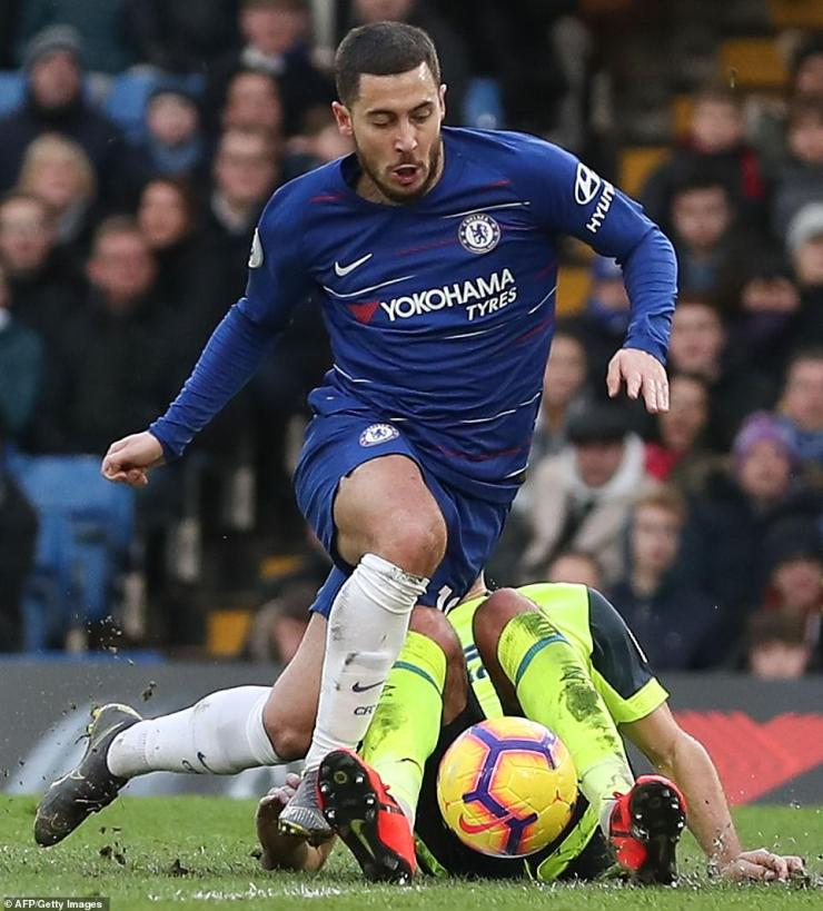 Image result for chelsea 5-0 huddersfield  Higuain, David Luiz Score Twice As Hazard Reach Career Milestone In Chelsea Victory 9311332 6660795 image a 26 1549124780017