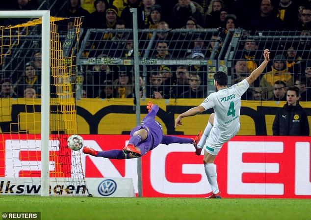 Pizarro slams past Dortmund keeper Eric Oelschlagel to make it 2-2