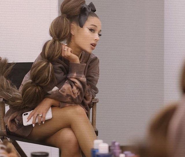 Ariana Grande Showed Off Her New Gigantic And Over The Top Ponytail
